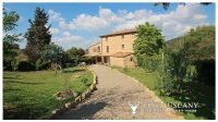 Stone Farmhouse With Guest Houses For Sale In Tuscany, Italy